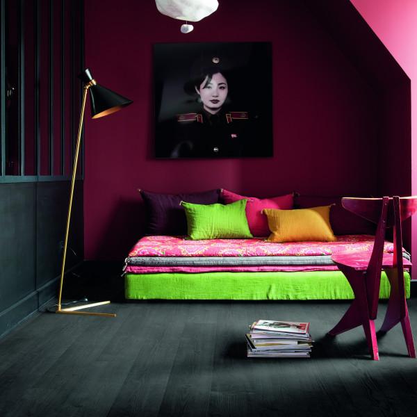 Laminaat zwart plank woonkamer